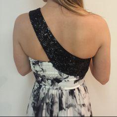 Dressbe | Vestido Bordado Carlos Miele #dress #moda