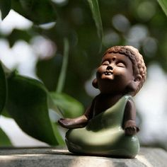Fairy Garden Miniature Ceramic Small Buddha Sit and Open Both Hands Mini Garden / Plant / Dollhouse Decora Miniature Terrarium Accessories #fairygardening
