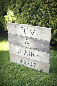 Vintage wedding reception ideas signage Ideas for 2019 Reception Signs, Wedding Signage, Wedding Reception, Reception Ideas, Trendy Wedding, Boho Wedding, Wedding Country, Pallet Wedding, Wedding Blue