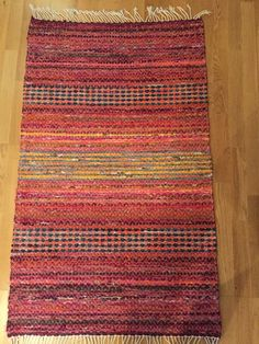 Weaving Art, Hand Weaving, Rag Rugs, Recycled Fabric, Woven Rug, Scandinavian Style, Twine, Pattern Design, Study