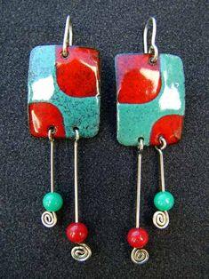 Jewelry Crafts, Jewelry Art, Unique Jewelry, Jewelry Design, Jewlery, Ceramic Jewelry, Enamel Jewelry, Metal Jewelry, Polymer Clay Art