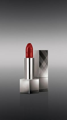 Union Red No.17 | Burberry  most universal red