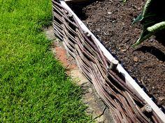 Proutěné ploty jsou vysoce funkční zástěnou, která zajistí soukromí ve Vašich exteriérových prostorách. Proutěné ploty mají životnost až 10 let.