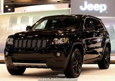 I will get a new jeep at some point! lol love this blacked out jeep grand cherokee laredo Jeep Grand Cherokee Laredo, Jeep Grand Cherokee Limited, Lifted Jeep Cherokee, Cherokee Sport, Lifted Jeeps, Auto Jeep, Jeep Suv, New Jeep Truck, All Black Jeep