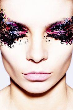 Photographer Sasha Samsonov – Beauty and Make Up Pictures Crazy Makeup, Love Makeup, Makeup Art, Beauty Makeup, Hair Makeup, Makeup Ideas, Amazing Makeup, Makeup Collage, White Makeup