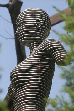 ParametricDesign: Sectional sculpture by Korean sculptor Chan Park (Park Chan-Girl)
