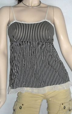 Vera Wang Black and White Striped Summer Top Size M Ships Free in the USA