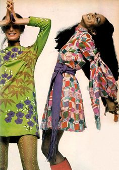 Geometric and floral print were still in, as well as stockings and high boots. These can be seen as hippie looks which started in the 70s.