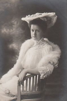 Alfons von Kloss née Her Imperial and Royal Highness Archduchess Eleonora of Austria Edwardian Era, Victorian Era, Old Photos, Vintage Photos, Cover Photos, Famous People In History, Royal Families Of Europe, Archduke, Austrian Empire