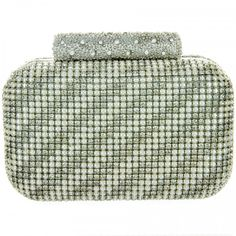 #bansriaccessories #accessories #beautiful #amazing #pretty #shoponline #shopnow #shopping #silver #studded #clutch