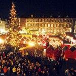 kerstmarkt-dusseldorf-marktplatz-rathaus
