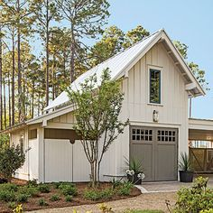 Exterior: The Garage - Palmetto Bluff Idea House Photo Tour - Southern Living >> nice color, nice garage doors Plan Garage, Garage Doors, Garage Ideas, Door Ideas, Detached Garage Plans, Two Story Garage, Garage Cabinets, Barn Doors, Garage Door Paint