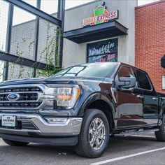 Grab some Shake Express in a new 2021 Ford F-150!! Ready for your next vehicle? Contact us today! 📞 (956) 467-4629 💻 www.haciendaford.com 📍 3010 W University Dr, Edinburg, TX #RGV #FORD #FORDF150 #F150 #TRUCKS #HEALTHY #SHAKES Used Ford, Cool Trucks, Vans, Healthy Shakes, Vehicles, University, Healthy Smoothies, Van, Car