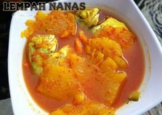 Ikan lempah nanas foto resep utama Indonesian Food, Indonesian Recipes, Fish And Seafood, Thai Red Curry, Food And Drink, Cooking Recipes, Dishes, Ethnic Recipes, Traditional