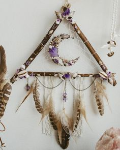 Tribal Moon Dreamcatcher, Mermaid Wall Hanging bohemian wall decor made with shells, quartz, amethyst and feathers boho, hippie wall art Los Dreamcatchers, Moon Dreamcatcher, Moon Crafts, Diy Crafts, Dream Catcher Craft, Dream Catchers, Bohemian Wall Decor, Nature Crafts, Minions