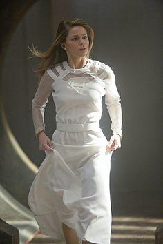 Supergirl (Melissa Benoist) s1
