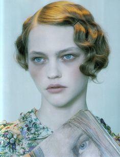 i love pin curls!!