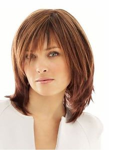 Cute Mid Length #Hairstyles for Women Over 40
