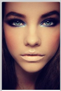 Beautiful prom make up #FormalApproach