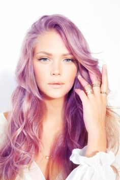 I'm really diggin' the lavender-ish hair trend...wish my job would allow it!!