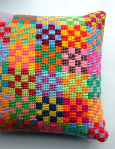 Beautiful needlepoint cushion by Jane BrocketGorgeous color combination by the brilliant Jane Brocket. The sight of this makes me want to try needlepoint.By Jane Brocket. Good idea to use up floss stash.For some reason, at this time of year I tend to Bargello Needlepoint, Needlepoint Pillows, Needlepoint Stitches, Needlepoint Belts, Needlepoint Stockings, Needlepoint Canvases, Cross Stitching, Cross Stitch Embroidery, Hand Embroidery
