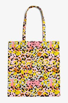 This roomy tote bag with a multicolour leopard print, is perfect for fitting all the stuff you can't live without while on the go. Measurements: 45 x 42 cm. Leopard Print Bag, Printed Tote Bags, Monki, Shopping Bag, Reusable Tote Bags, Belts, Wallets, Gift List, Surface Pattern