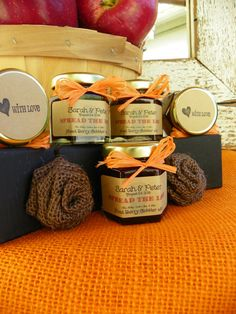 Fall in Love Wedding/Party Favor Jams - 50 jars w/ Fall Inspired Flavors - Your choice jam and colored raffia ribbon Yellow Wedding, Fall Wedding, Wedding Colors, Rustic Wedding, Our Wedding, Wedding 2017, Wedding Sweets, Wedding Party Favors, Outdoor Wedding Inspiration