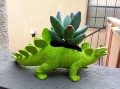 The Plant-A-Saurus Dinosaure Planter Breathes New Life Out of its Body trendhunter.com