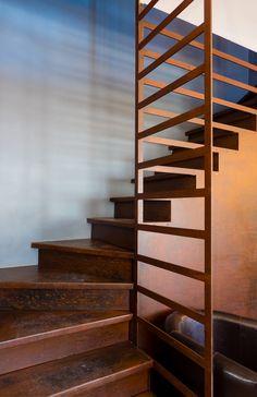 t le pli e en acier brut structure garde corps en lames d 39 acier escalier pinterest. Black Bedroom Furniture Sets. Home Design Ideas