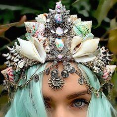 mermaid-crown-for-bruning-man-13