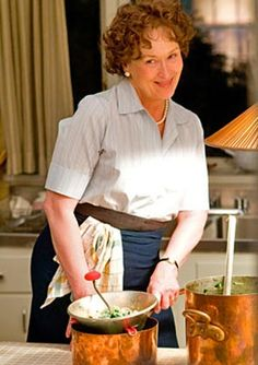 Los Angeles Times food writer knew why Julia Child didn't like Julie Powell, but he held back saying -- until now