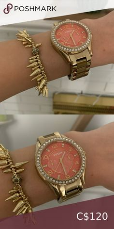 my posh picks Fossil watch, pink face! Fossil watch worn a few times Links included Needs battery Fossil Accessories Watches Love Statue, Plus Fashion, Fashion Tips, Fashion Design, Fashion Trends, Fossil Watches, Michael Kors Watch, Pink And Gold, Women Accessories
