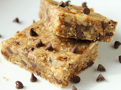 Delicious as it Looks: Almond Flour Granola Bars (Gluten-Free, Grain-Free)