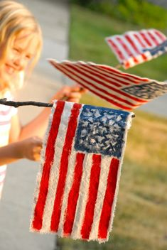 Make your own flags this Memorial Day! -  Rag Flags | Family Chic by Camilla Fabbri ©2009-2012. All rights reserved. The blog