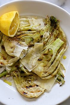 Grilled Fennel with Parmesan and Lemon Serving Size: 2 slices  • Calories: 58