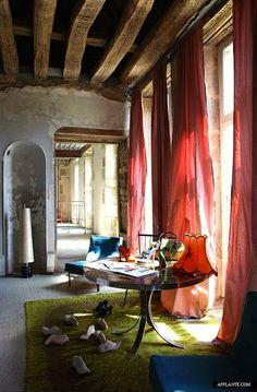 DECOR ; INTERIORS ; ROOMS ; Moroccan Riad Style