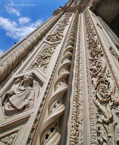 Il Duomo of Florence, Italy Renaissance Architecture, Historical Architecture, Florence Renaissance, Florence Cathedral, Under The Tuscan Sun, Architectural Features, Visit Italy, Sculpture, Beautiful Architecture