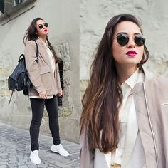 Get this look: http://lb.nu/look/7190694 More looks by Romina Ch: http://lb.nu/blaastyle Items in this look: Ray Ban Sunglasses, Rebecca Minkoff Julian Backpack, H&M Tops, Nike Air Max Thea #casual #minimal #street #outfit #ootd #style #fashion #fblogger #fashionblogger