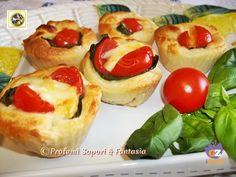 Muffin di focaccia con mozzarella, pomodorini e basilico  Blog Profumi Sapori & Fantasia