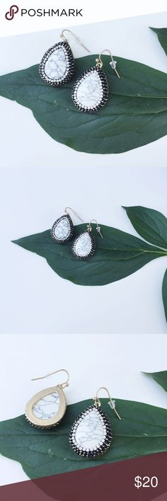 NWT || Marble Teardrop Rhinestone Earrings Gorgeous White Marble Teardrop earrings with contrast rhinestones. Matte gold setting. Demi-precious stone. NWT. Price is firm unless bundled. Bundle 4 items and save 20%. Jewelry Earrings