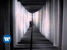 Red Hot Chili Peppers - Otherside [Official Music Video]__I looooove this song:)