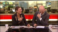 TV 2 Nyhederne: TV 2_vært laver sædcelle_smutter