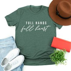 Comfy, casual style for little mamas + their babes. Little Mama Shirt Shop Source by littlemamashirtshop Outfits for moms Mops Theme, Mama Shirt, T Shirt, Mom Outfits, Casual Outfits, Mom Style, Classy Style, Look Chic, Custom T