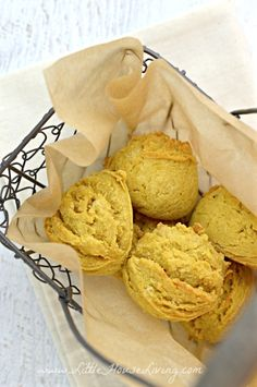 Old Fashioned Sweet Potato Biscuit Recipe - Little House Living Sweet Potato Biscuits, Sweet Potato Recipes, Toddler Snacks, Baby Snacks, Bread Recipes, Snack Recipes, Scone Mix, Homemade Scones, 9x13 Baking Dish