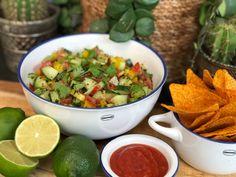 Tortilla Chips, Snack, Burritos, Kung Pao Chicken, Guacamole, Serving Bowls, Bbq, Tacos, Mexico