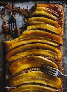 Coconut, Palm Sugar Banana Upside-Down Cake (via Donna Hay Magazine)