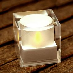 sunlight cube price http://www.detail.co.jp/item_detail.php?id=857&c=1#   ¥2,625 Cube lights to solar charging. Light goes away after you turn over.