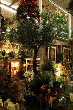 Amazingly realistic faux / fake olive tree