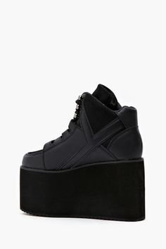 Alliance Platform Sneaker