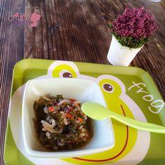 Kinoalı Ispanak (+ 10ay)  Ispanak sebzesi kalsiyum ve folik asitten zengindir.  Ispanak içinde, A vitamini ve selenyum barındırıyor. Üstelik ıspanakta diğer yeşil yapraklı sebzelere göre daha fazla protein var. Minik gurmemize bu şifalı sebzeyi en güzel bir biçimde hazırlayıp sunmak lazım ki severek yesin  #bebek #sagliklibeslenme #ispanak